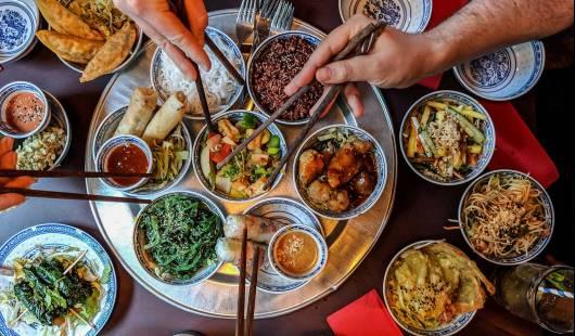 Walka o tradycję – kuchnie i dzieje kulinarne Azji Wschodniej