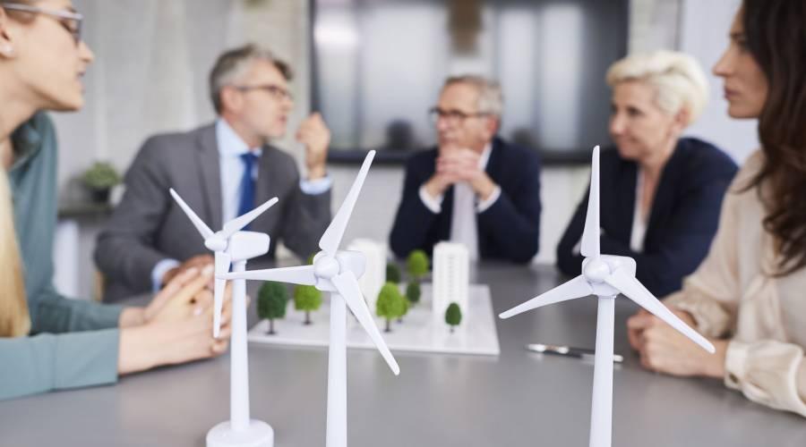 Prawo energetyczne: transformacja ku zielonej energii jako domena zawodowa prawnika (podcast)